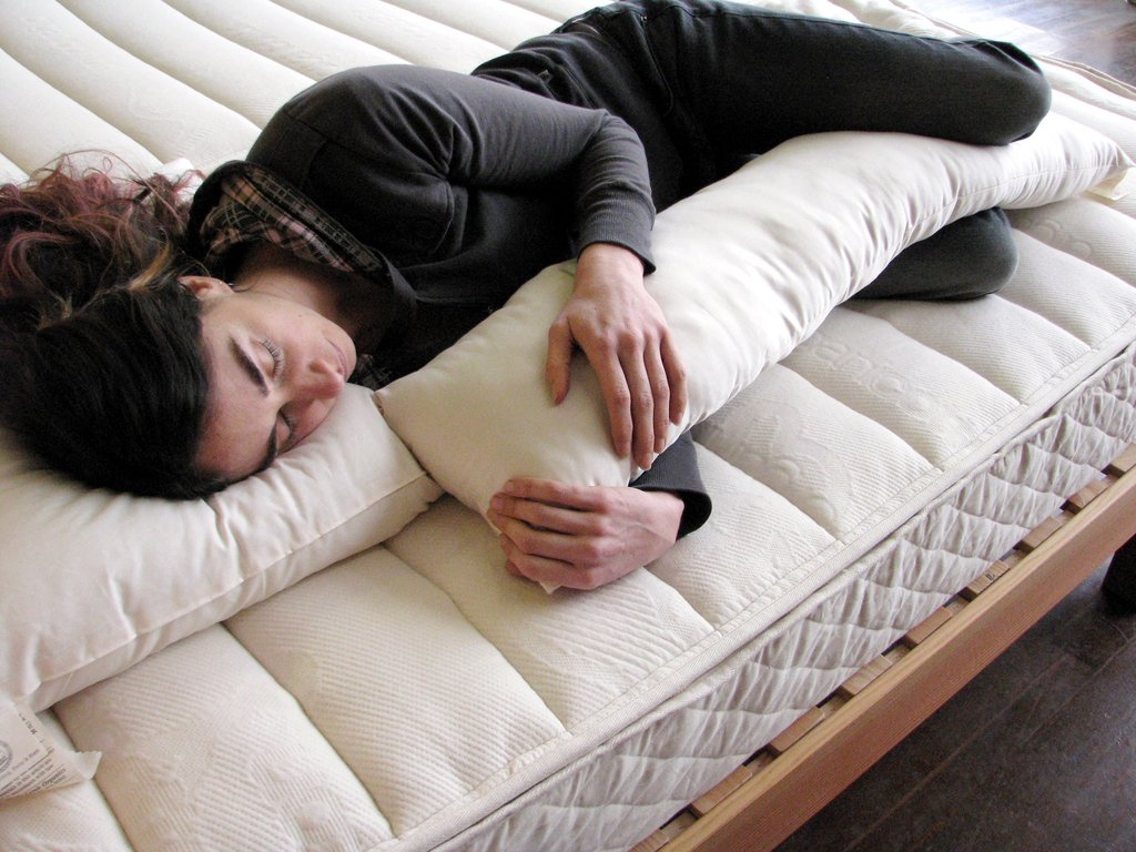 knee wedge pillow